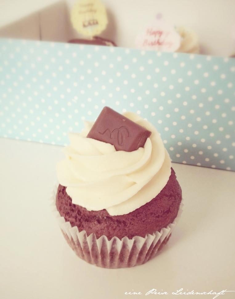 Cupcake mit Eierlikör und Cheescake-Füllung_2