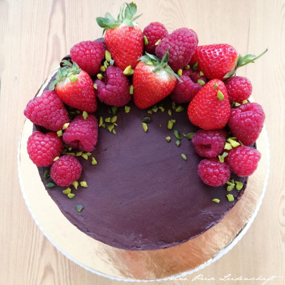 Mascarpone-Himbeer Torte mit Ganache_2